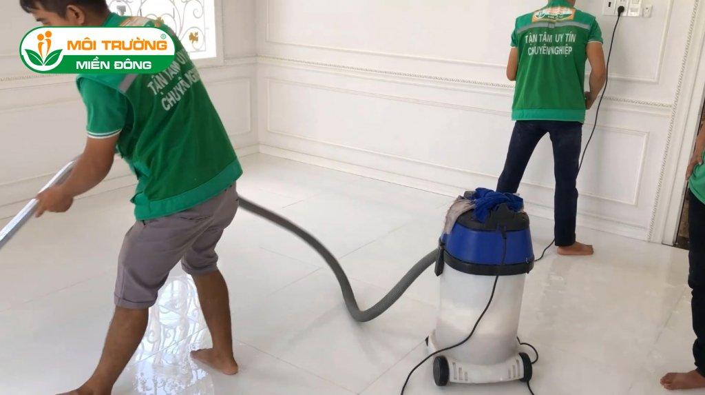 Tuyển nhân viên vệ sinh công nghiệp tại Bình Dương