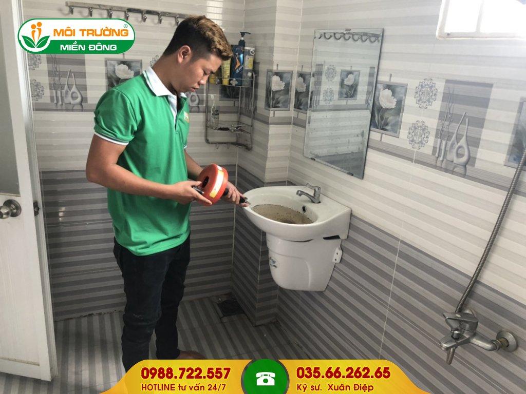 Đơn giá thông tắc lavabo bằng máy đánh lò xo