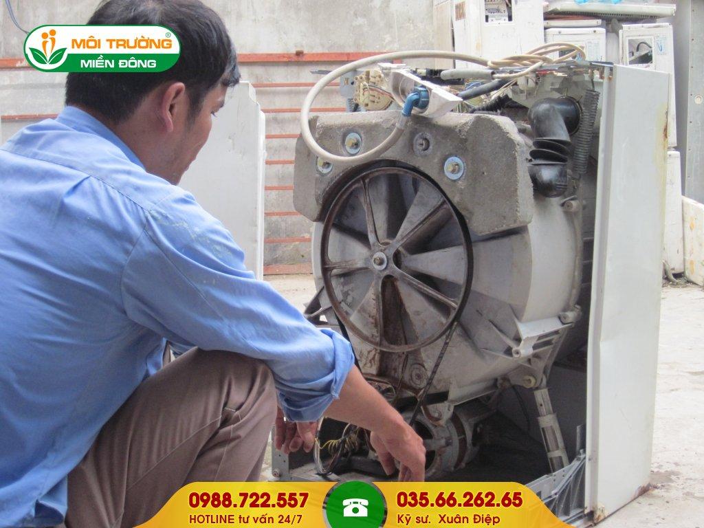Thuê dịch vụ vệ sinh máy giặt