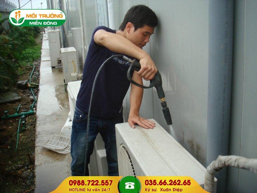 Thuê dịch vụ vệ sinh máy lạnh