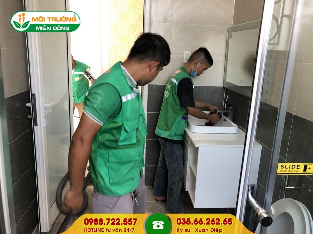 Dịch vụ vệ sinh phòng tắm